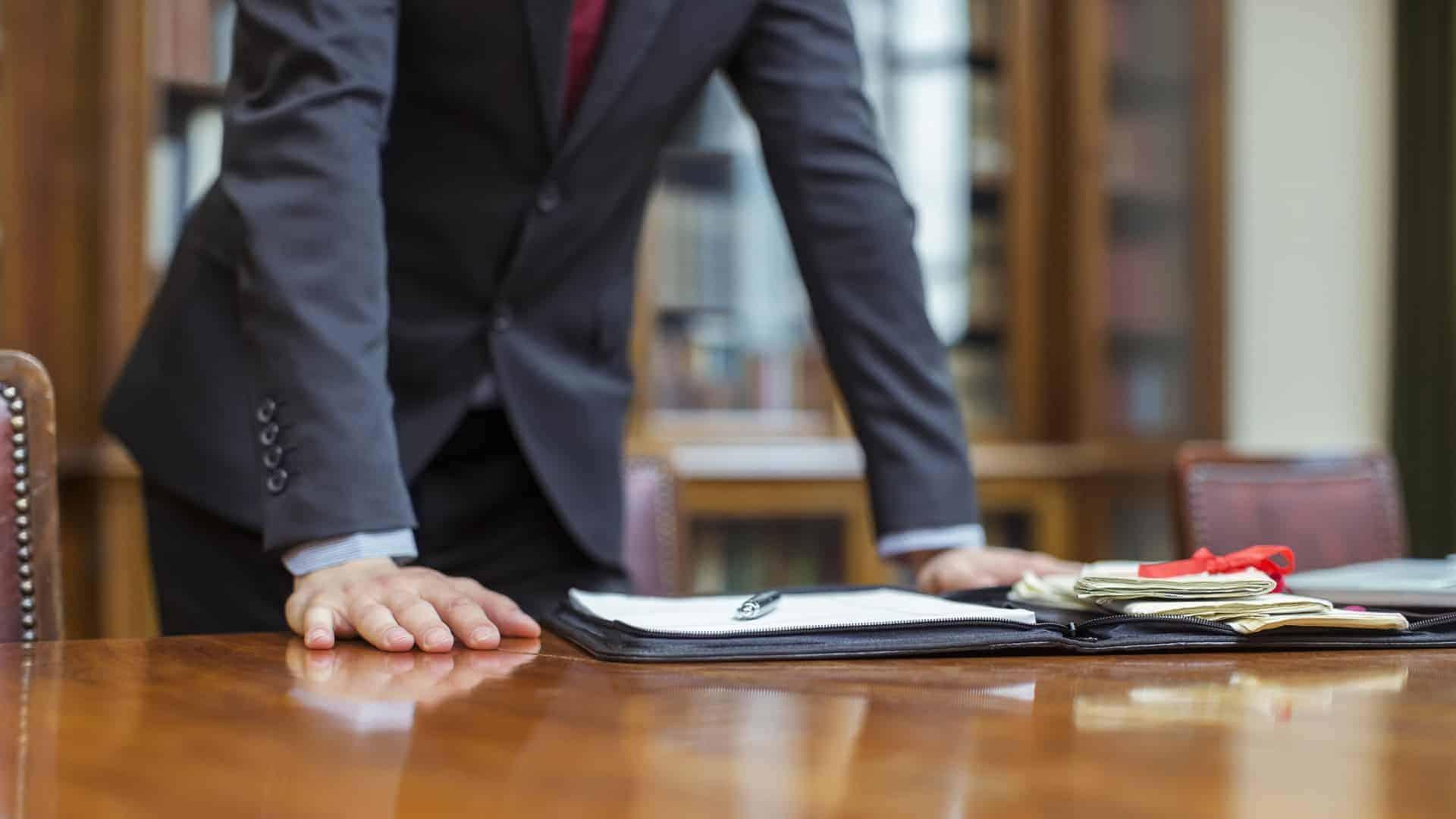 Адвокат по мошенничеству о самых популярных схемах «развода»